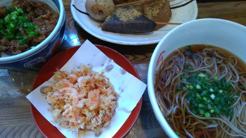 桜海老のかき揚げそば、ミニ炙り焼肉丼、静岡おでん