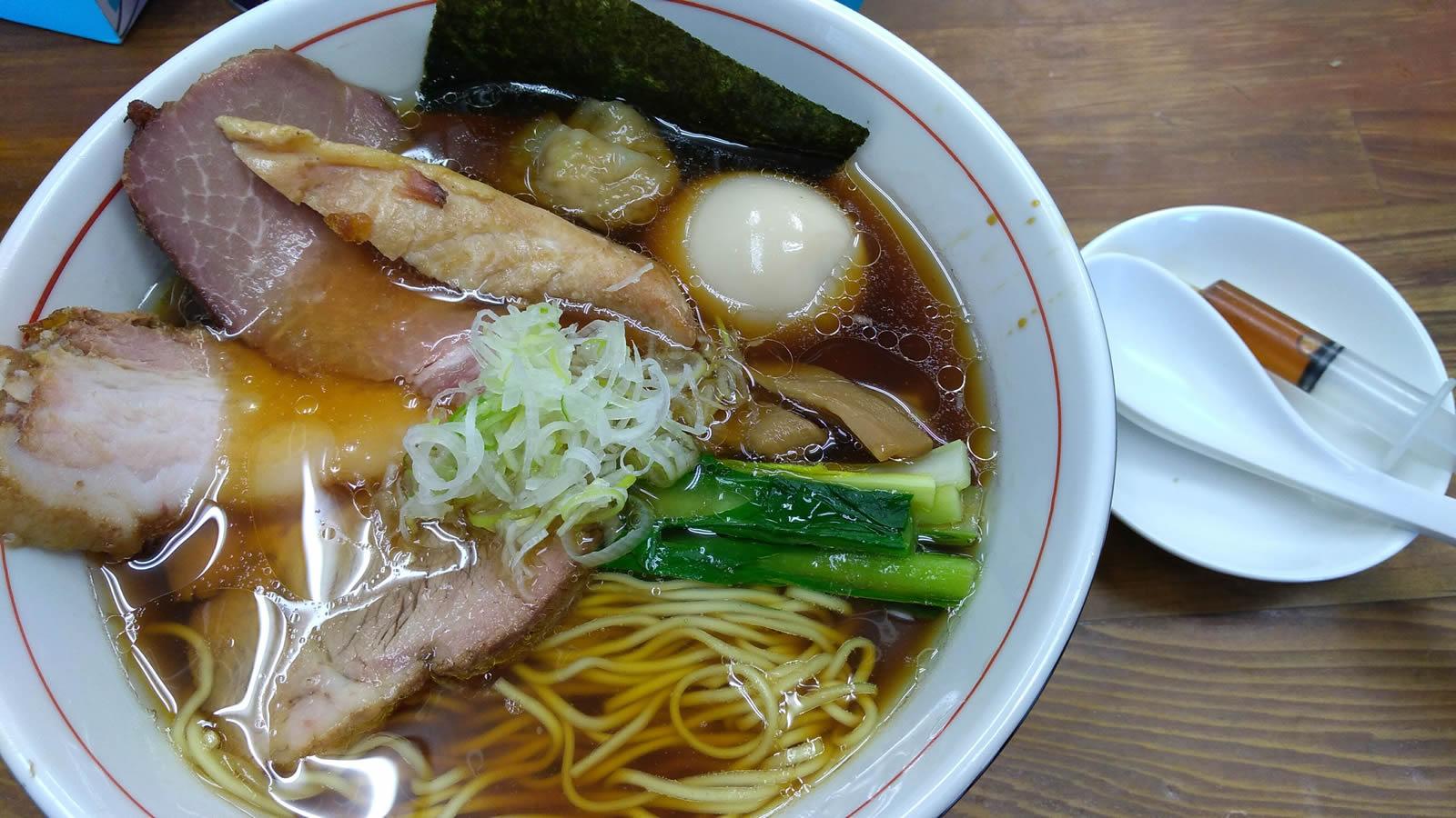 特製ラーメン(980円)