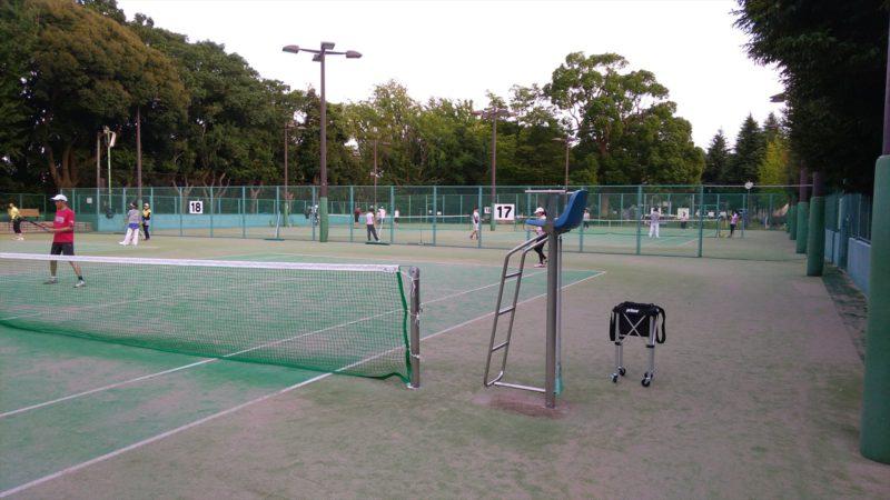 三ツ沢公園テニスコート